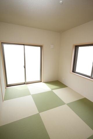 和室の畳は琉球畳敷き