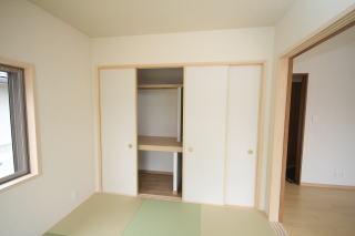 各部屋に十分な収納設置